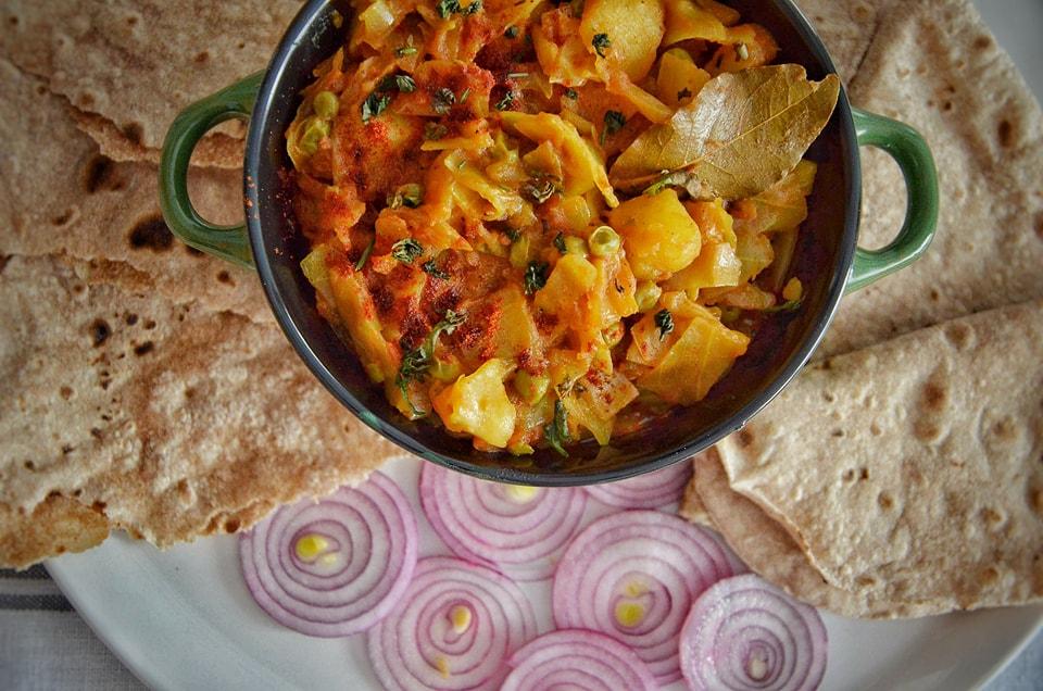 varza si legume in stil indian