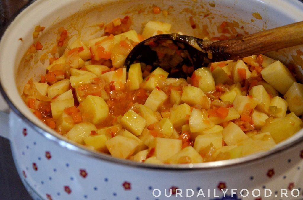 ciorba de cartofi cu tarhon
