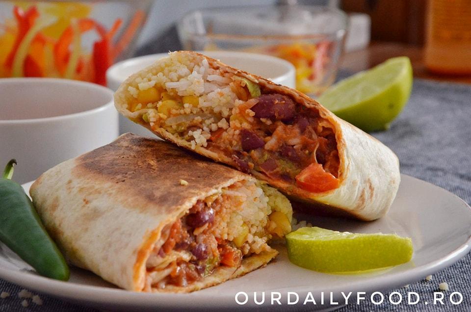 Burrito vegetarian cu fasole si salsa pico de gallo