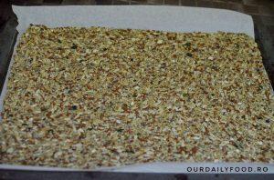 Gluten free superseed crackers sau biscuiti cu seminte