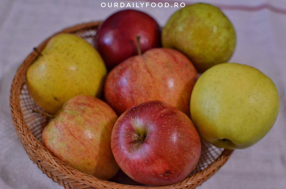 Pasta sau piure de mere fara zahar - pentru iarna