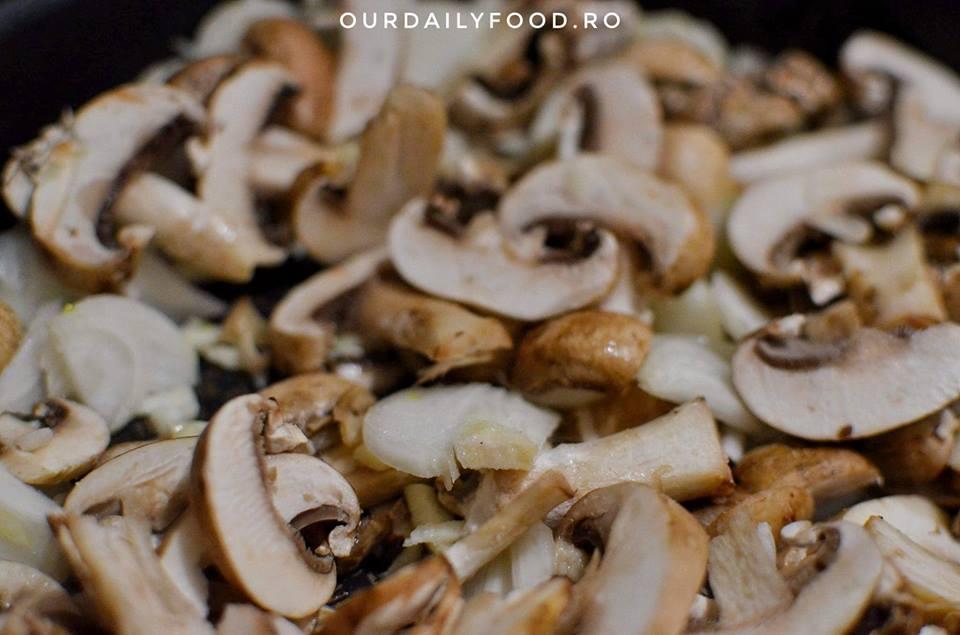 Chiftele din orez si ciuperci - reteta de post