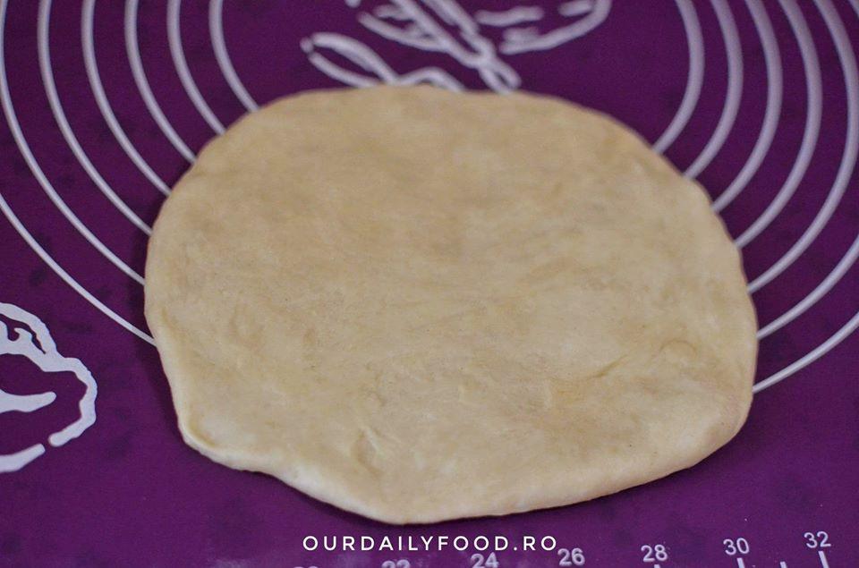 Challah - paine evreiasca impletita in 6