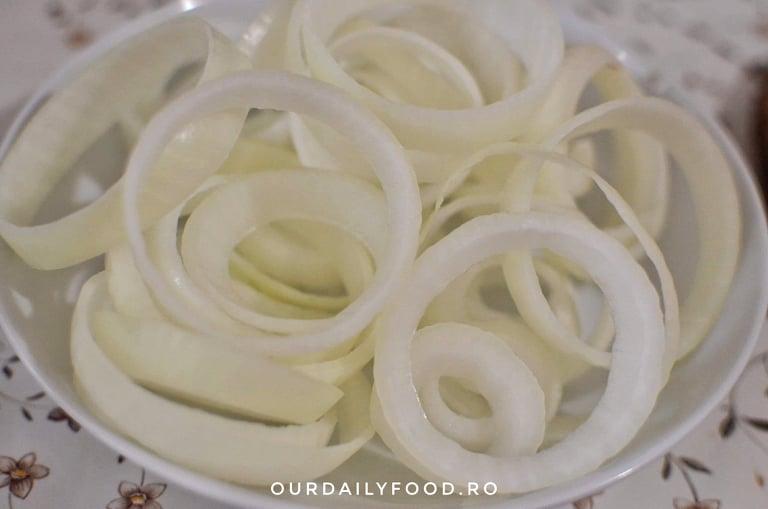 Cele mai bune si crocante inele de ceapa - onion rings