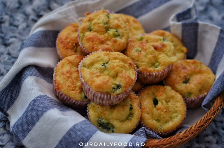 Briose cu broccoli si branza