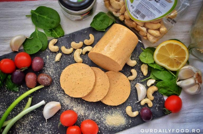 Baton vegetal sau parizer vegan din caju