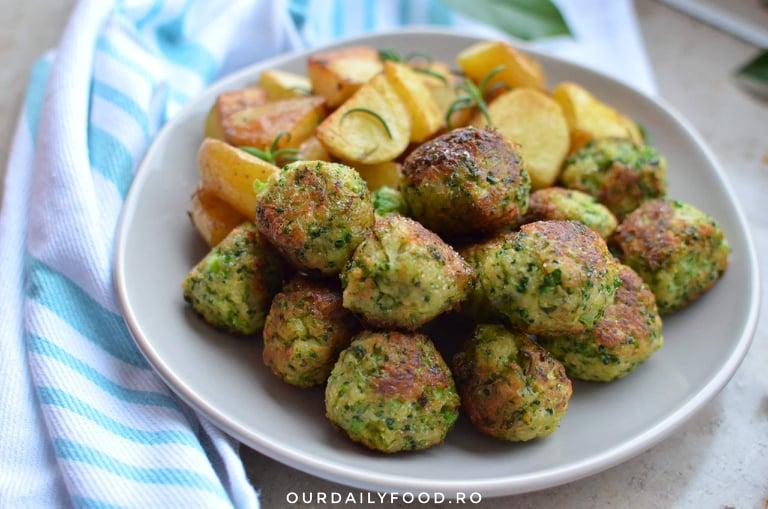 Chiftele din brocoli si zuchini