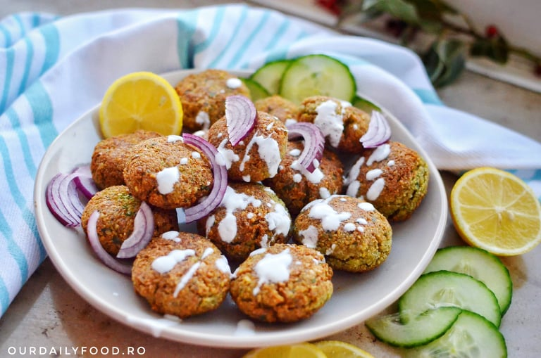 Falafel - chiftele vegane de naut