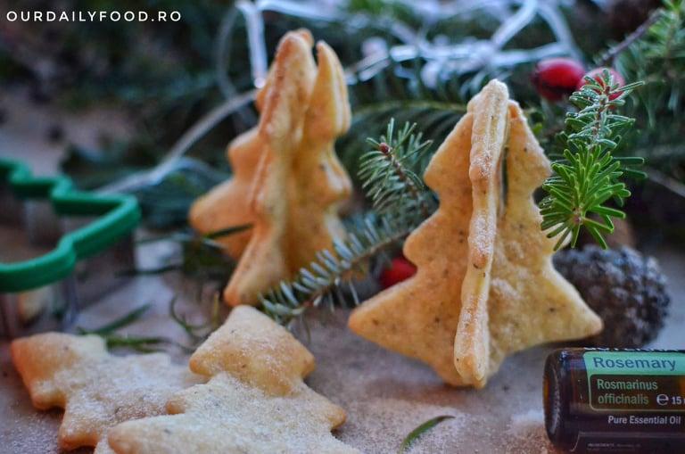Biscuiti 3D fragezi cu seminte si rozmarin - baby-friendly