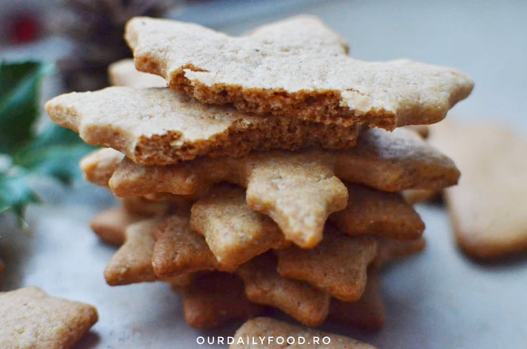 Biscuiti turta dulce cu nuca