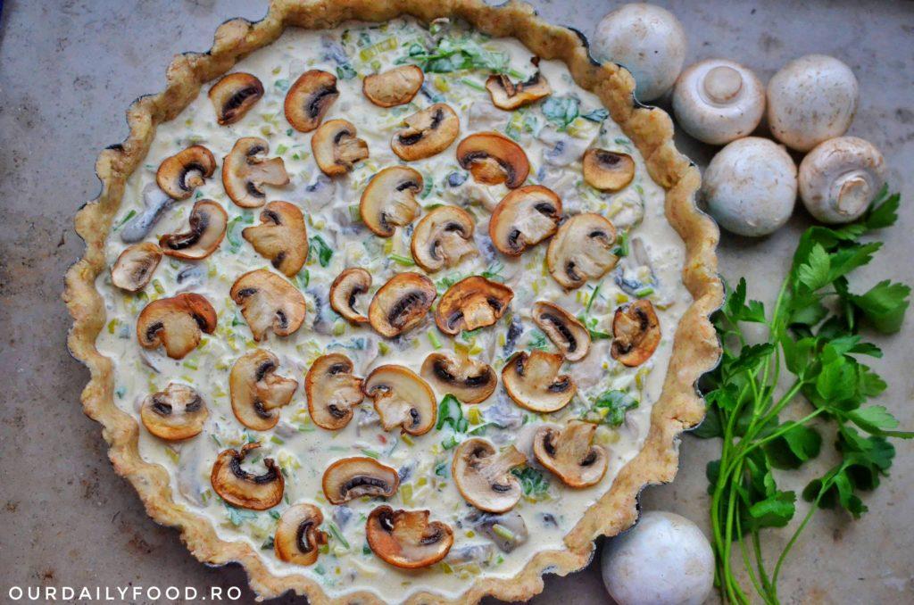 Tarta de ciuperci si praz cu aluat din faina integrala