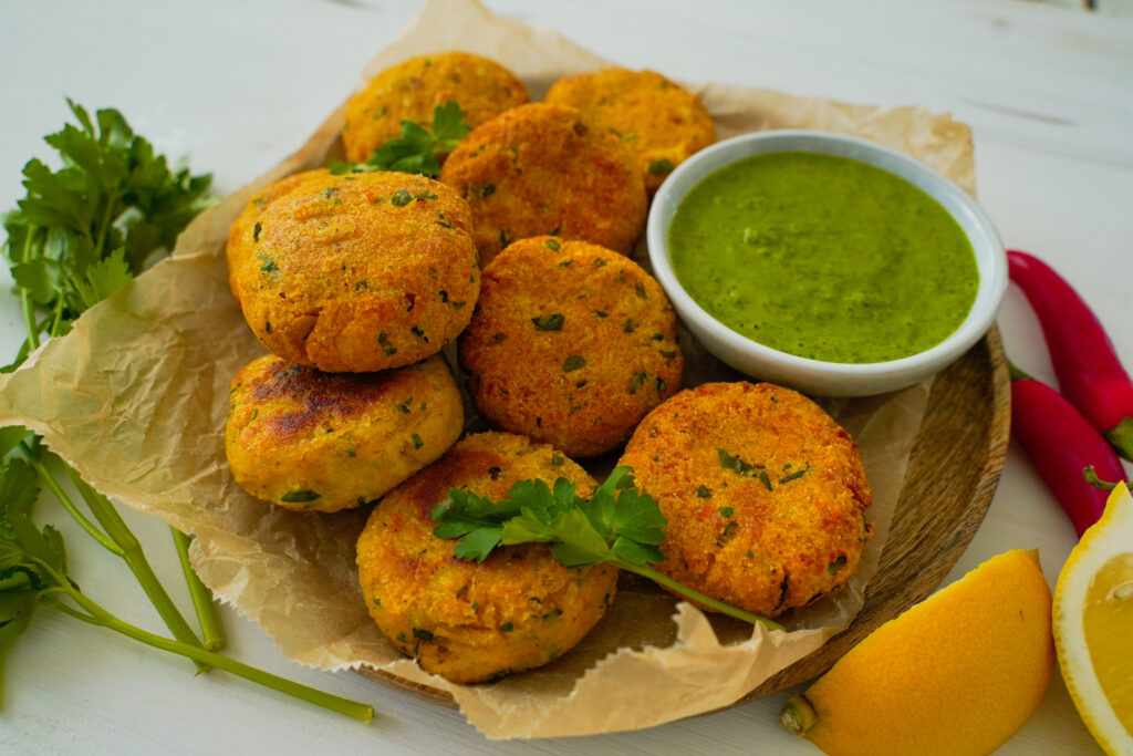 Chiftele de cartofi in stil indian sau aloo tikki